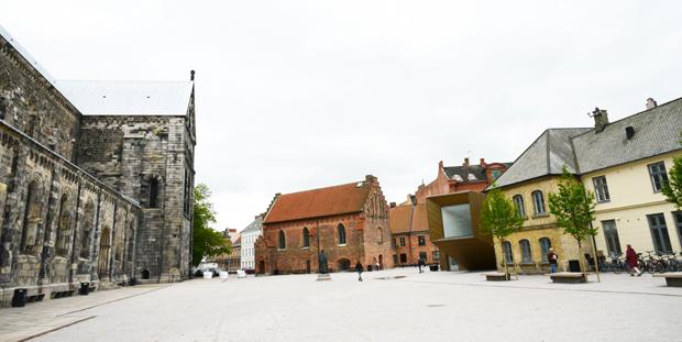 Domkyrkoplatsen